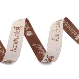Butika.hu hobby webáruház - Handmade címke, fa, felvarrható, 10x30mm, 750043, 10db, natur